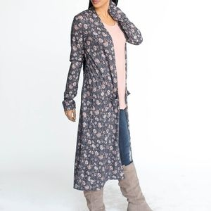 Agnes and Dora blue floral duster